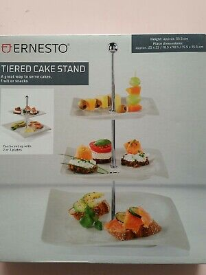 3 Tiered Cake Stand • 10.99£