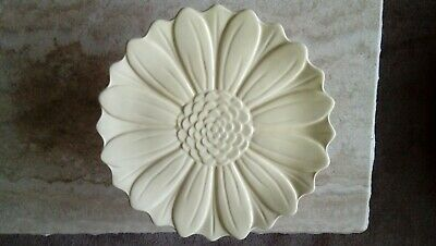 Serving Plate/Cake Stand Yellow Exc Cond • 10£