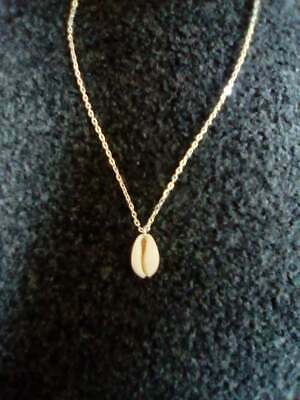 Beautiful Natural Cowrie Shell Pendant Necklace Holidays Summer Beach Boho • 5£