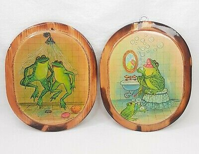 Vintage Frogs In Bathroom Wood Plaques Funny Picture Wall Art Hanging USA Made • 21.26£