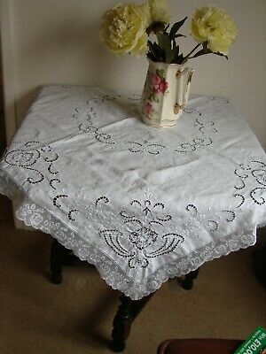 Vintage White Linen Superb Intricate Embroidered Tablecloth Roses Lace Edge 46   • 12£