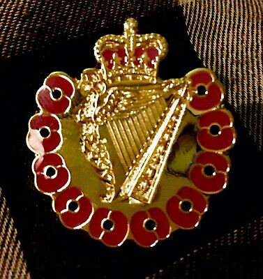 £3.25 • Buy Ulster Defence Regiment CGC Remembrance  Pin Badge