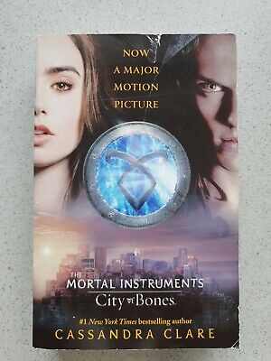 The Mortal Instruments : City Of Bones By Cassandra Clare 1st Book Of The Series • 3.99£