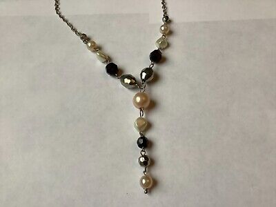 Lovely Faux Pearl Necklace • 1.50£