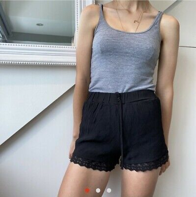 Uo Pins And Needles Black Lace Trim Shorts Size S • 1.30£