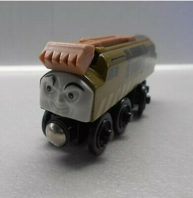 Thomas The Tank Engine Train Wooden Diesel 10 • 12.10£