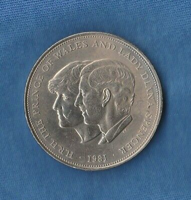 1981 Prince Of Wales & Lady Diana Spencer Crown Commemorative Coin Royal Wedding • 1.35£