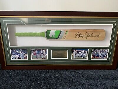 AU498 • Buy Adam Gilchrist Signed Cricket Bat Framed Limited Edition