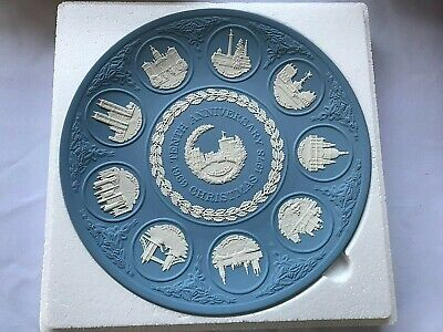 Wedgwood Jasperware Blue Tenth Anniversary Plate In Excellent Condition . • 14.99£