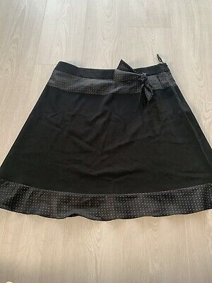 Black New Look Skirt UK 16 With Light Pink Polka Dot Trim And Side Zip • 0.99£