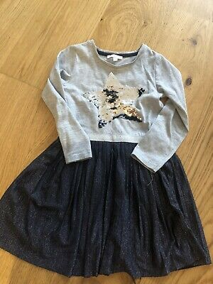 Bluezoo Girls Grey Star Sequin Dress 4-5 Years • 3£