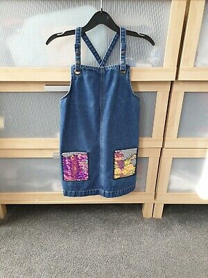 Girls Dungarees Aged 7-8 • 2.20£