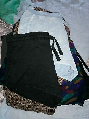 2 Pairs Ladies Shorts Size 12 From New Look  • 3£
