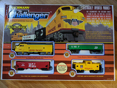 $ CDN75.93 • Buy Bachmann Trains 00621 The Challenger Union Pacific HO Scale Electric Train Set