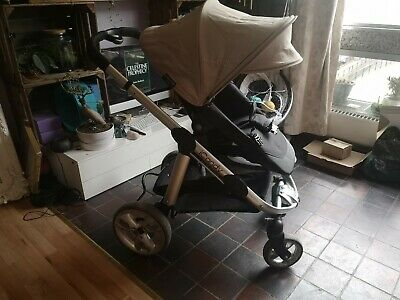 Icandy Apple 2 Pear Pram And Push Chair  • 50£