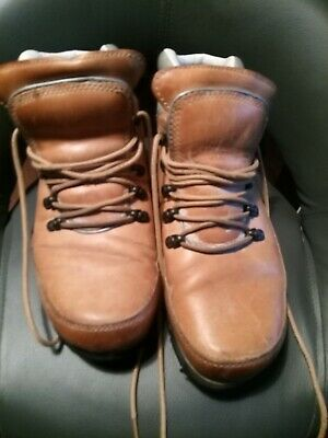 Rockport Boots Size 6...men's/boys  • 2.50£