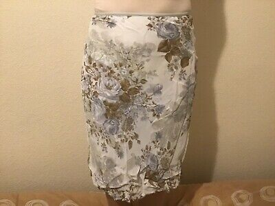 Larra Godet Skirt Small White Floral Brand New Without Tags • 5.99£