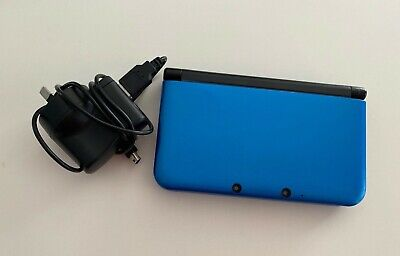 AU160 • Buy Nintendo 3DS XL (includes Game) - Free Tracked Postage!