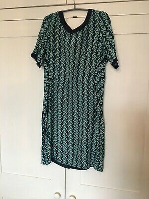 Brora Silk Shift Dress Size 12, Green Graphic Leaf Print • 20£