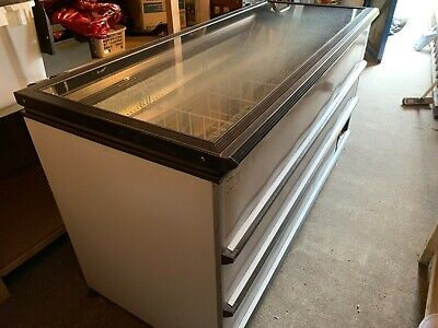 £390 • Buy Novum Commercial/Catering Chest Freezer TX.32550 MTIC EI Working Condition