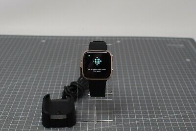 $ CDN86.76 • Buy FAULTY Fitbit Versa 1 - Activity Tracker - Rose Gold With Black Straps - FFB200
