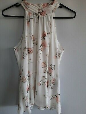 AU35 • Buy Forever New Top Size 8 Floral