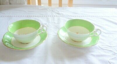 £2 • Buy Pretty Bone China Foley Cabinet Cups And Saucers
