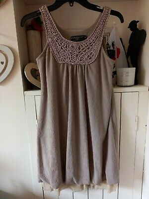 £1 • Buy Pussycat Taupe Longline Top Size M