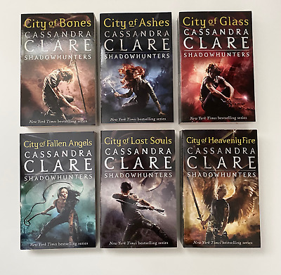 £15.95 • Buy Mortal Instruments Series + Slipcase By Cassandra Clare (Paperback, Used)