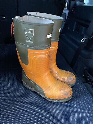 £10 • Buy Site Chainsaw Boots Size 7