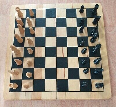 £1.50 • Buy Traditional Wooden Chess Set With Folding Board
