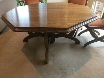 AU600 • Buy Brown Solid Oak Dining Table With 8 Chairs. In Good Condition. Intricate Detail