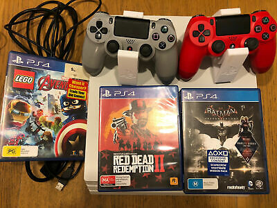 AU370 • Buy Sony PlayStation PS4 Pro 1TB - 2 Controllers, One NOT Working + 3 Games