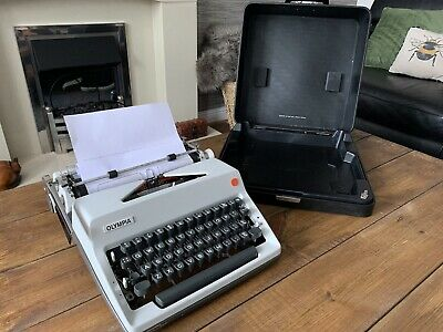 £130 • Buy Vintage 1970s Olympia SM9 Portable Manual Typewriter - Fully Working New Ribbon