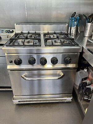 £750 • Buy Commercial Nat Gas Cooker Oven 4 Burner - RANGE WITH OVEN Used Once