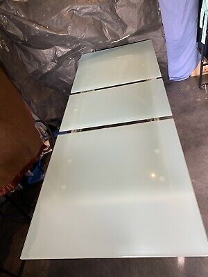 AU800 • Buy Gainsville Extendable Glass 10 Seater Dining Table With Chairs - Used