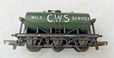 £13.99 • Buy Cws Milk Services Green 6 Wheel Tank -no Couplings - Oo Gauge By Lima