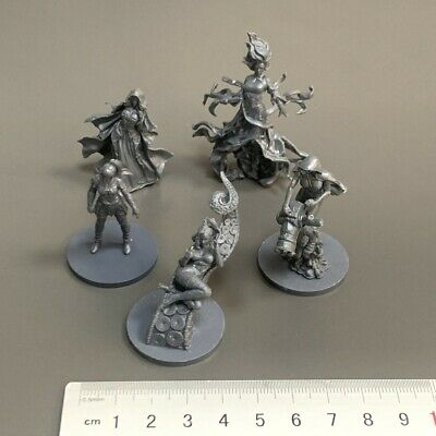 AU11.79 • Buy LOT 5 Grey Miniatures For Dungeons & Dragon D&D Figures Board Game Toys