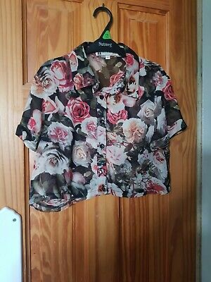 £0.99 • Buy Hearts & Bows Cropped Flowery Short Sleeve Blouse Size 8