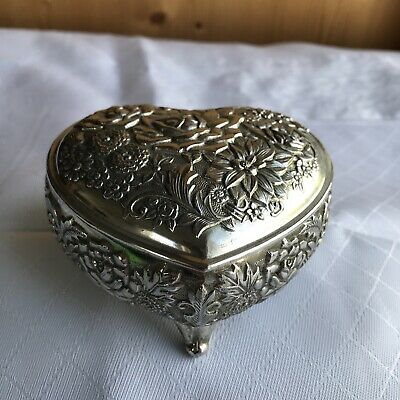 £6.99 • Buy Japanese Heart Shaped Silver Plate Floral Detail Trinket Box