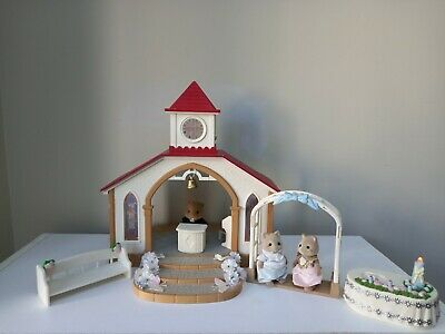 £35 • Buy Sylvanian Families Wedding Chapel Set With Htf Reverend Decorated