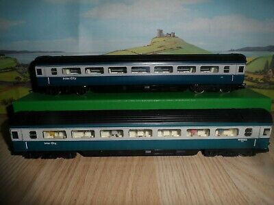£6.99 • Buy 2 Hornby Oo Gauge Blue / Grey Inter-city Coaches,1 With Passenger Figures Inside