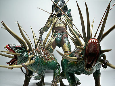 $ CDN529.55 • Buy K08304 Hot Toys Tracker Predator Loose 100% Complete With 2 Hounds Mint