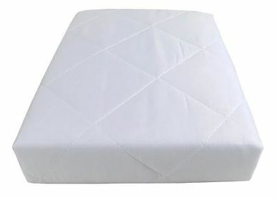 HOTEL QUALITY QUILTED ANTI ALLERGENIC SINGLE MATTRESS PROTECTOR 90 X 190CM  • 8.99£