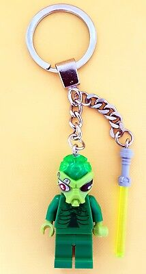 £5.99 • Buy Green Alien Minifigure  Keychain & Lightsaber Using All Genuine LEGO Parts NEW