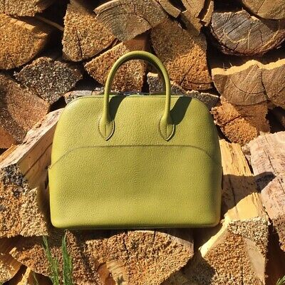 da25c433a6e9 Authentic Hermes Bolide 31cm 1923 Bag Vert Anis Green Chevre • 4