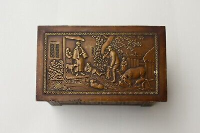 Vintage 1920/30s Jacobs & Co. Biscuit Tin Box. Brass Box. Log Box. Rustic Scene. • 20£