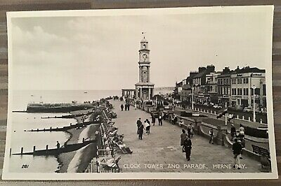 Clock Tower And Parade, Herne Bay Vintage Postcard • 3£