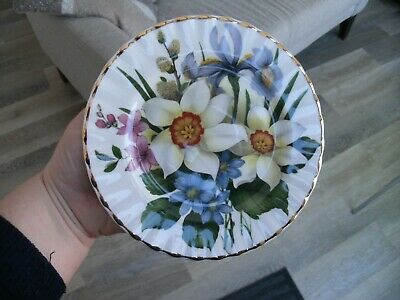 Vintage Regal Fine Bone China England Plate Daffodils Iris Catkin Decoration • 3.99£