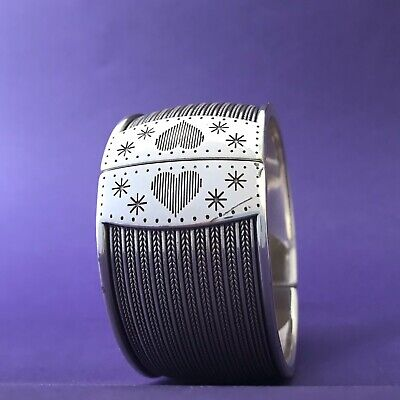 💜NEW Brighton INDIE Silver Striated Magnetic Cuff BANGLE Bracelet NEW W/Defect • 26.05£